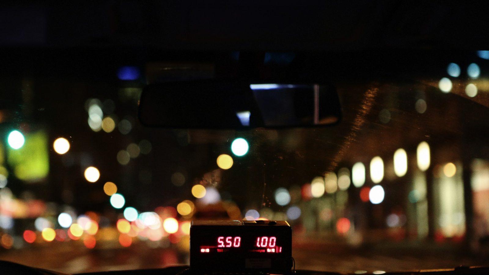 9-Life-of-Pix-free-stock-photos-city-taxi-night-light-leeroy
